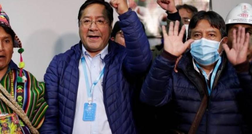 Contundente victoria del Movimiento al Socialismo en elecciones bolivianas
